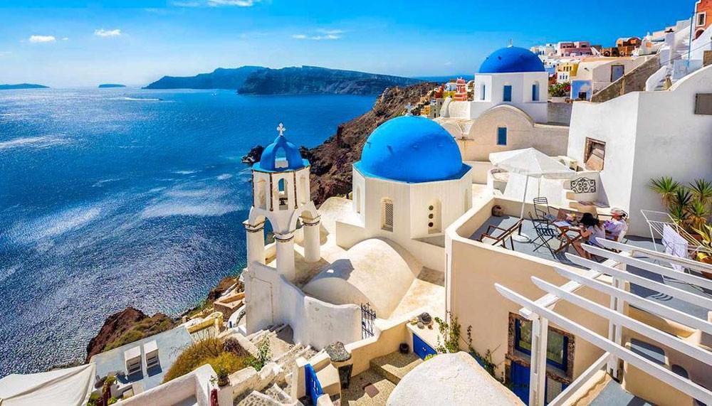 رئيس وزراء اليونان : البلاد لديها سيولة كافية