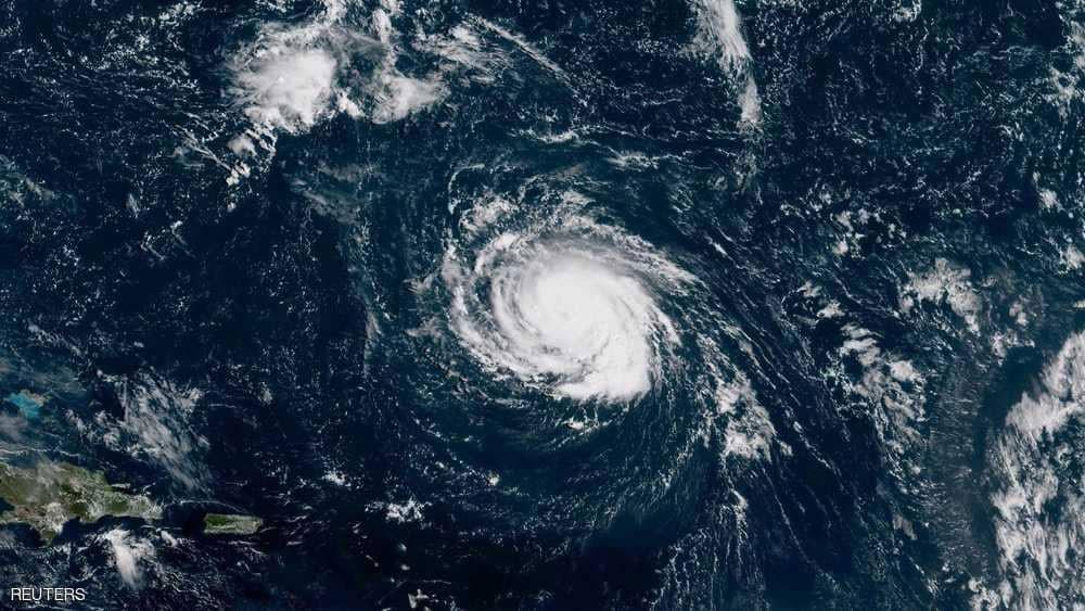 """""""فلورنس"""".. إعصار يزداد قوة ويتجه صوب أميركا"""