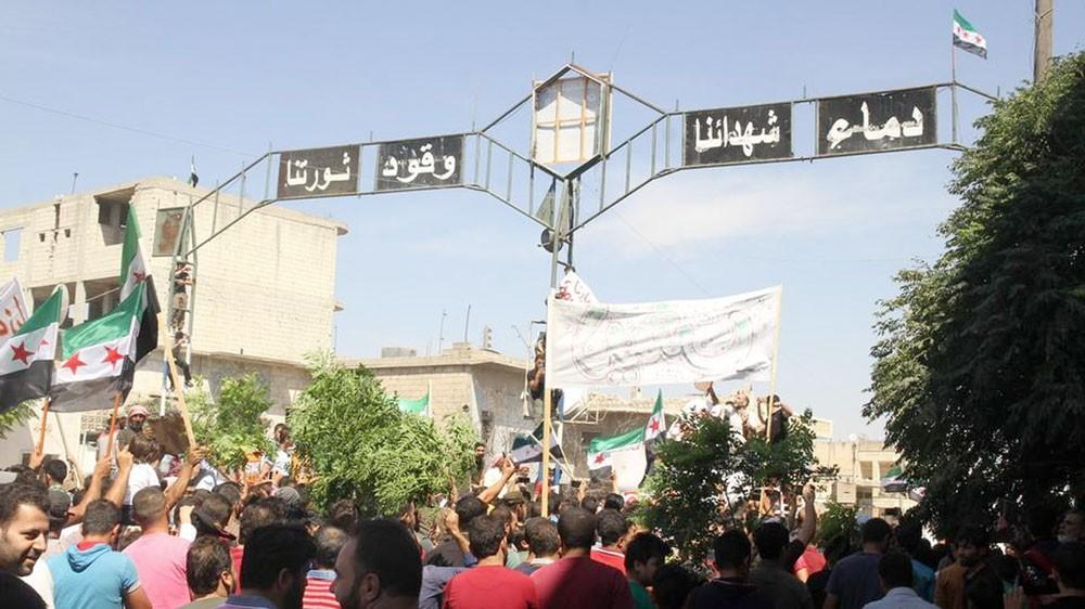 """المعارضة تتوعد النظام السوري بـ""""مفاجآت"""" في إدلب"""