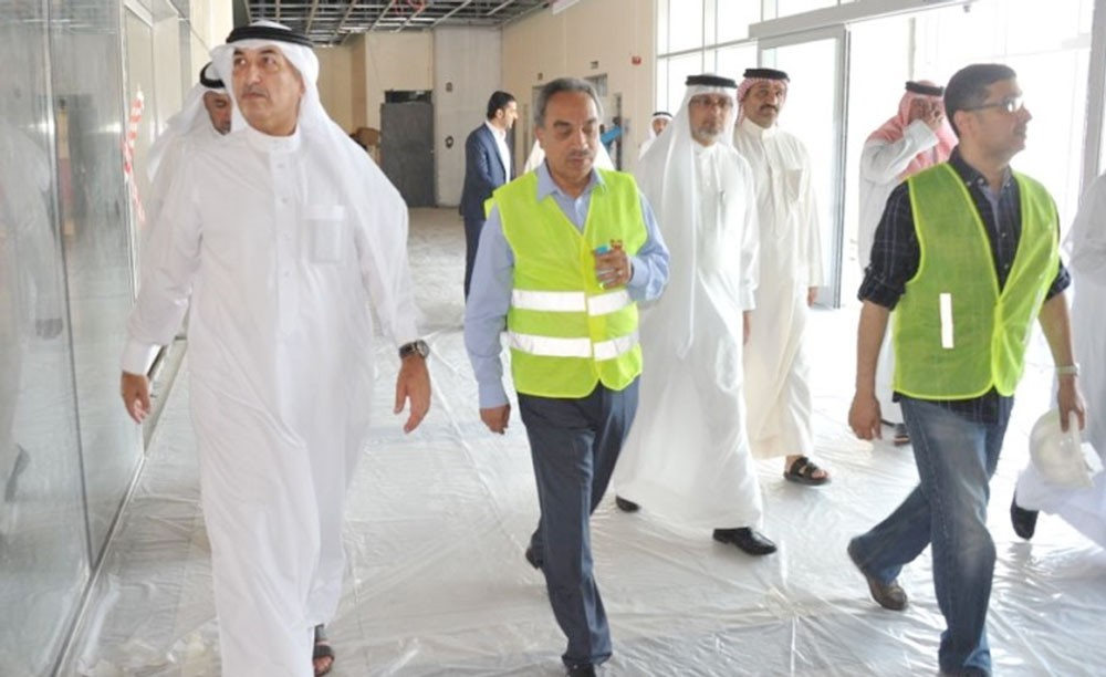الوزير خلف: الإفتتاح المرحلي لسوق المحرق المركزي نهاية أكتوبر المقبل