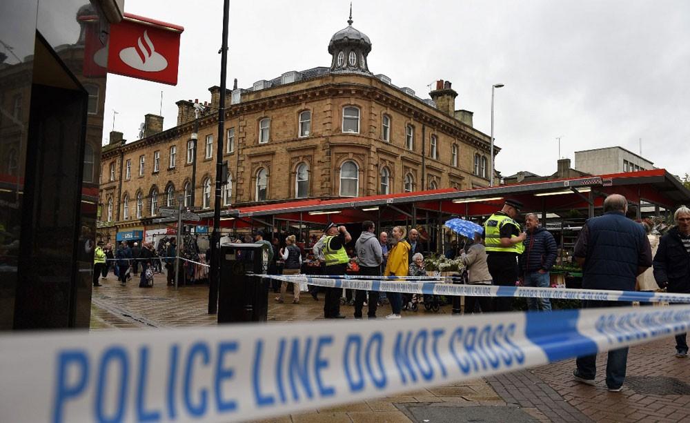 الشرطة البريطانية تعتقل امرأة طعنت شخصا في بارنسلي شمالي إنجلترا