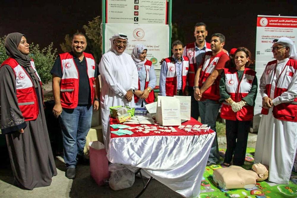 الهلال الأحمر ينظم فعالية صحية توعوية لمرتادي كورنيش الفاتح