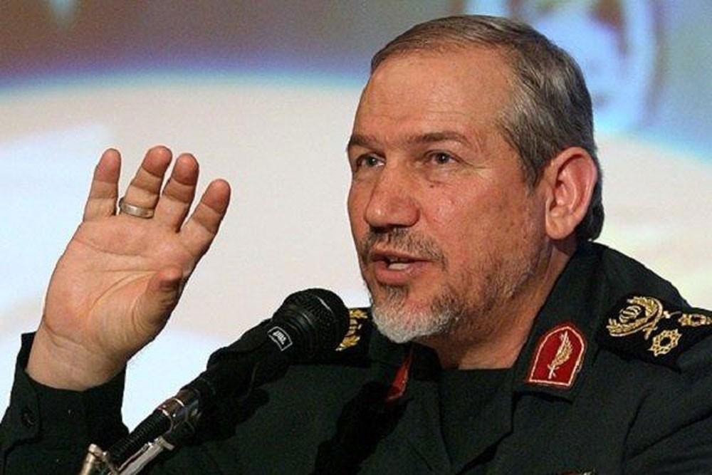 """قائد عسكري إيراني يهدد بهجمات """"ما وراء البحار"""""""
