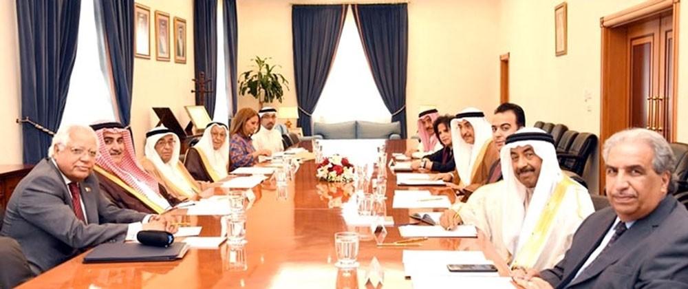 سمو الشيخ محمد بن مبارك يترأس اجتماع مجلس أمناء جائزة عيسى لخدمة الإنسانية
