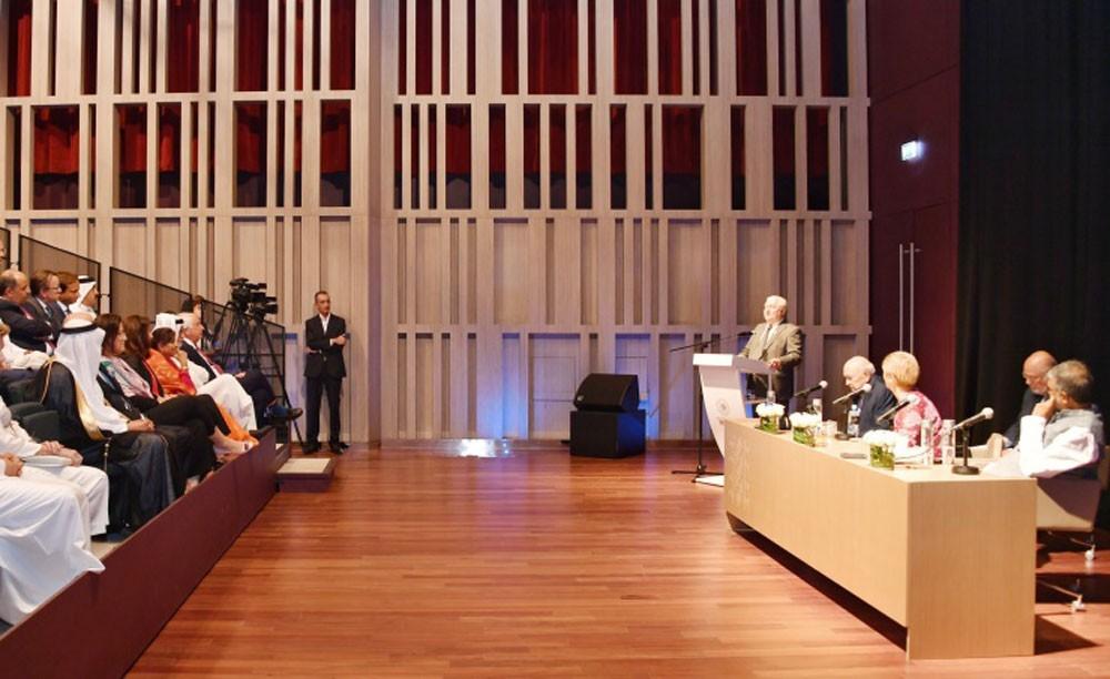 وفد نوبل للسلام يشيد بجهود البحرين في تكريس وصيانة حقوق الانسان