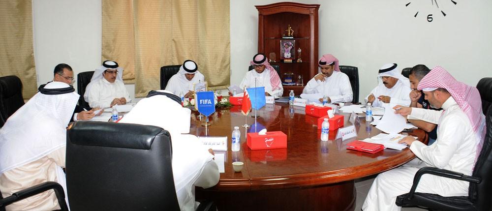 اللجنة المنظمة لدوري ناصر بن حمد الممتاز تعقد اجتماعها الأول