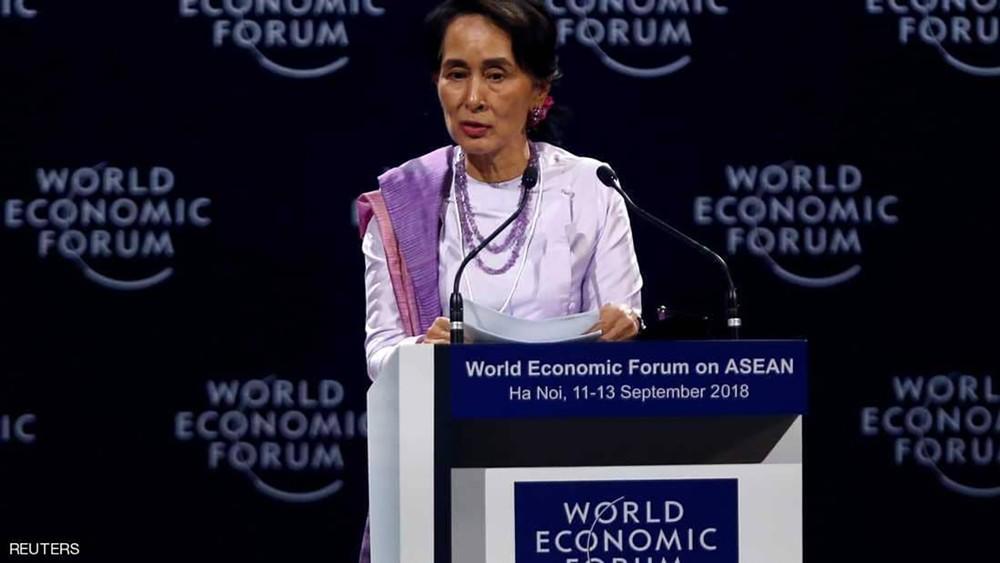 بعد تقرير المجزرة.. زعيمة ميانمار تدافع عن اعتقال الصحفيين