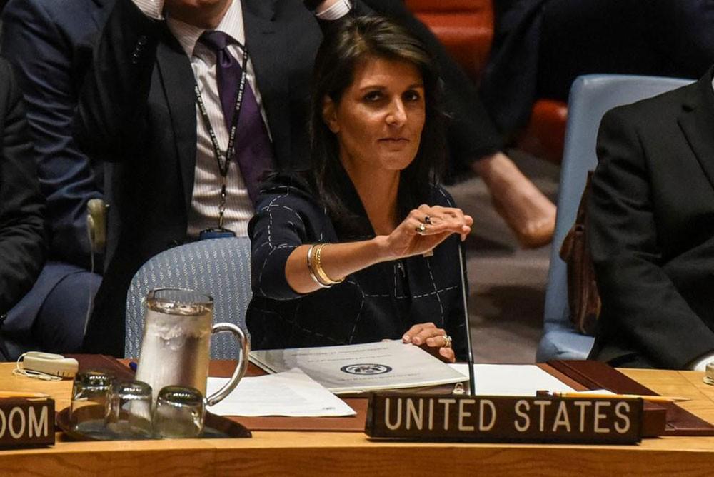 الولايات المتحدة تحذر من اختبار جديتها في سوريا
