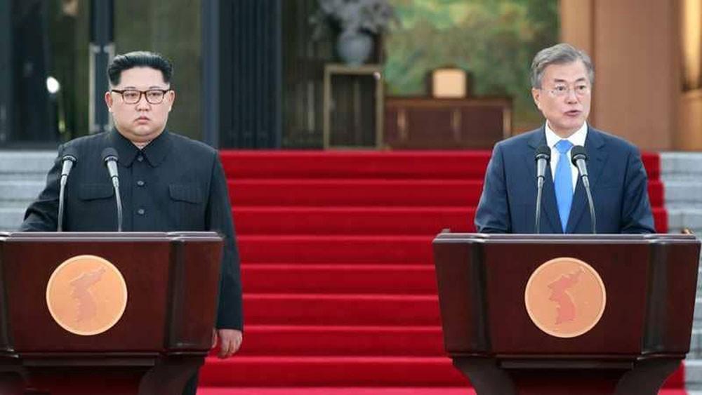 """الكوريتان تفتتحان """"رمز السلام"""""""