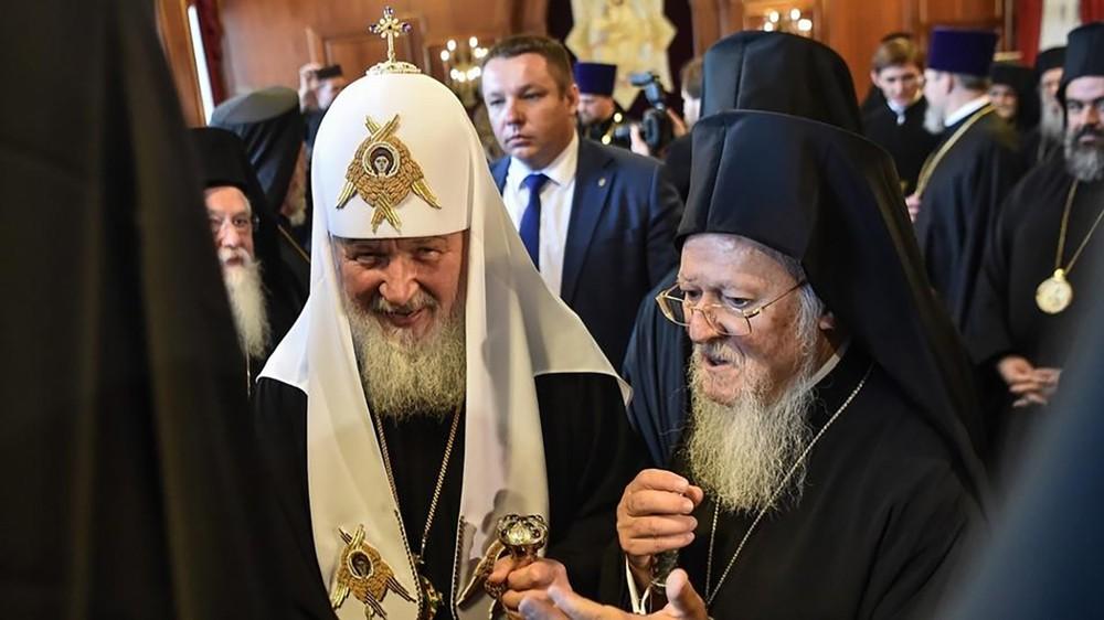 حرب كنائس بين روسيا وأوكرانيا..وموسكو تثور على البطريرك