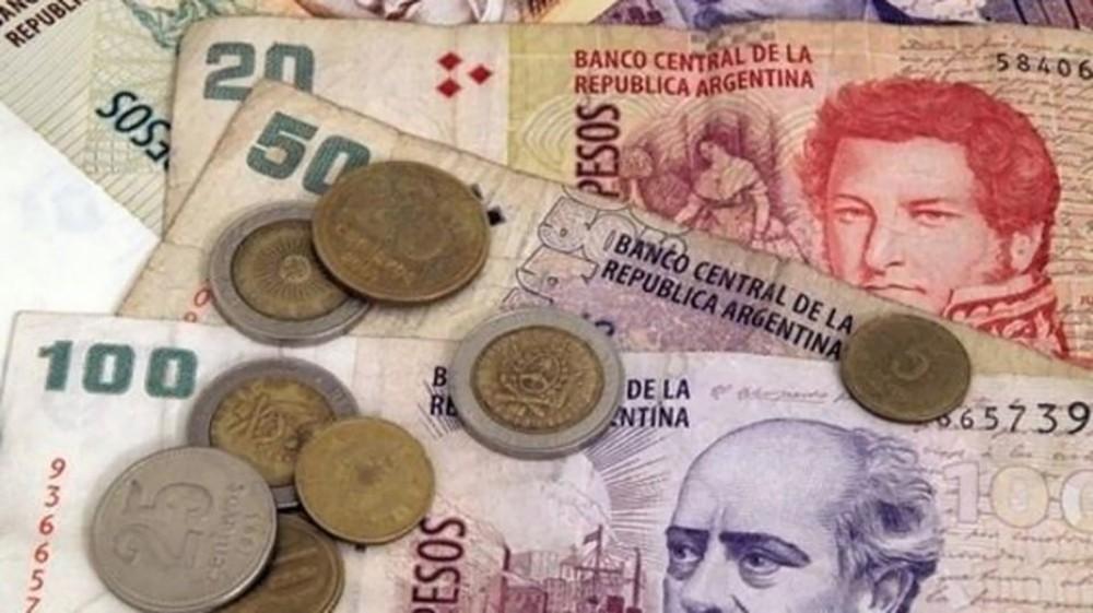 أسبوع جديد من التراجع للبيزو الأرجنتيني