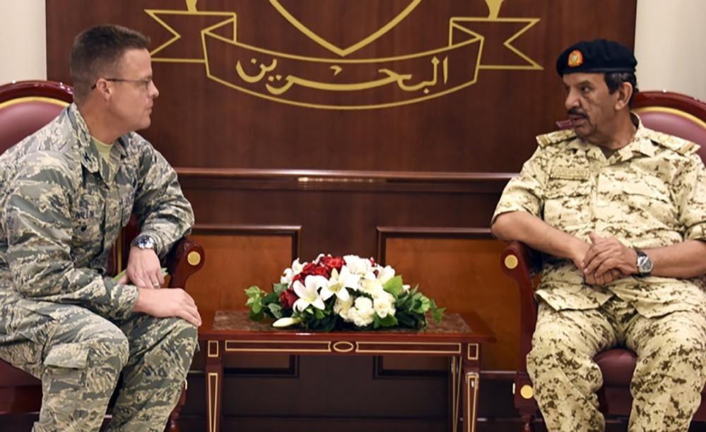 معالي القائد العام يستقبل الملحق العسكري الأمريكي الجديد