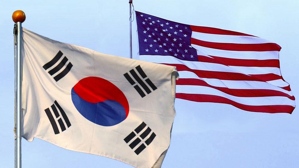 الولايات المتحدة وكوريا الجنوبية توقعان اتفاقا جديدا للتجارة الحرة