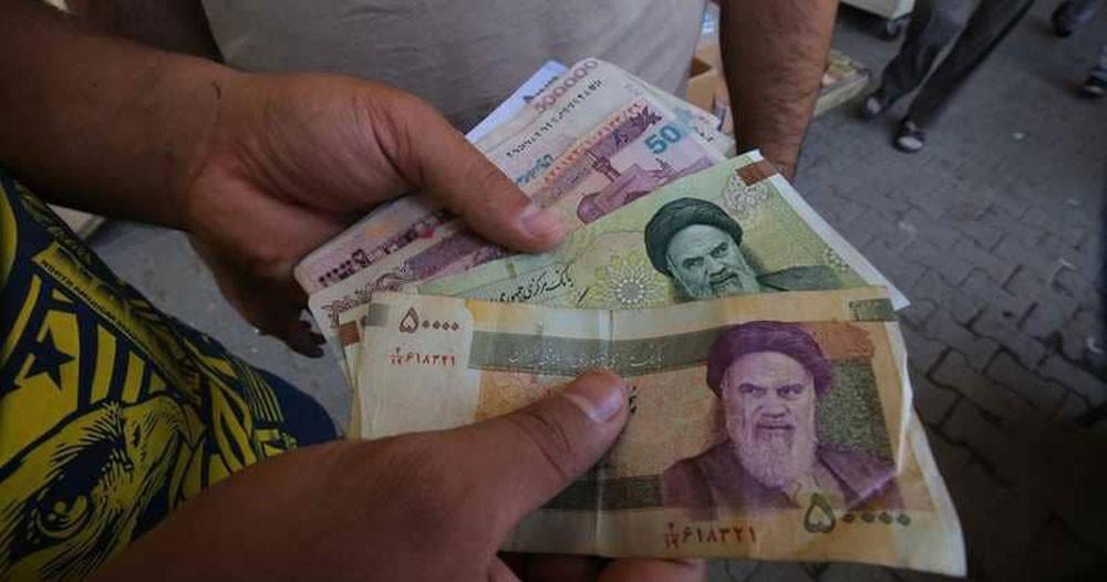 انهيار جديد للريال الإيراني مقابل الدولار