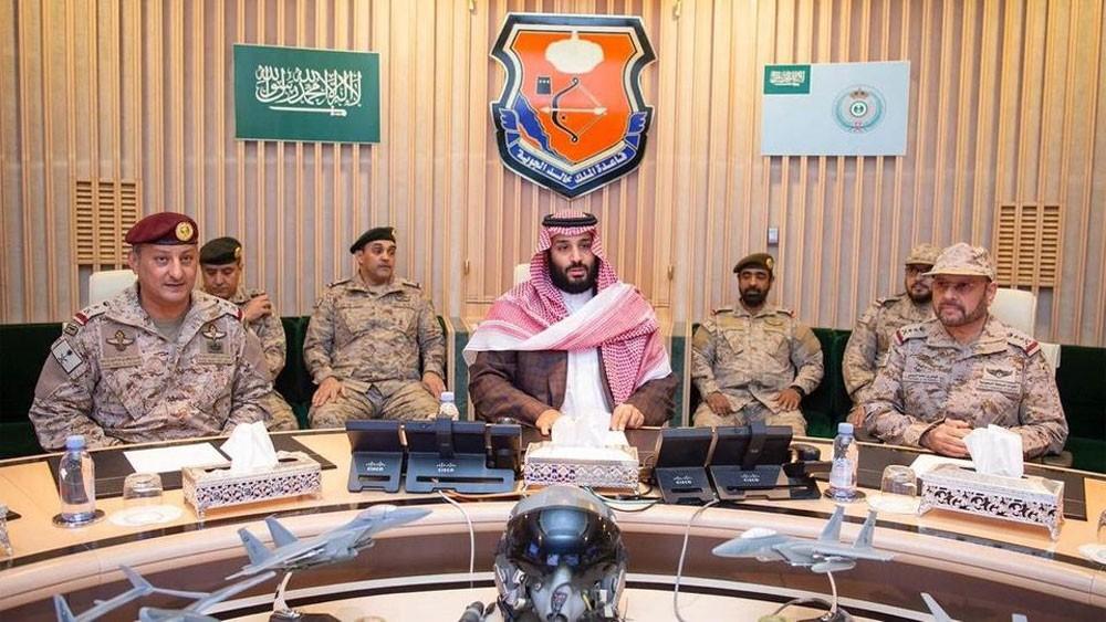 محمد بن سلمان يشرف على سير عمليات قوات التحالف