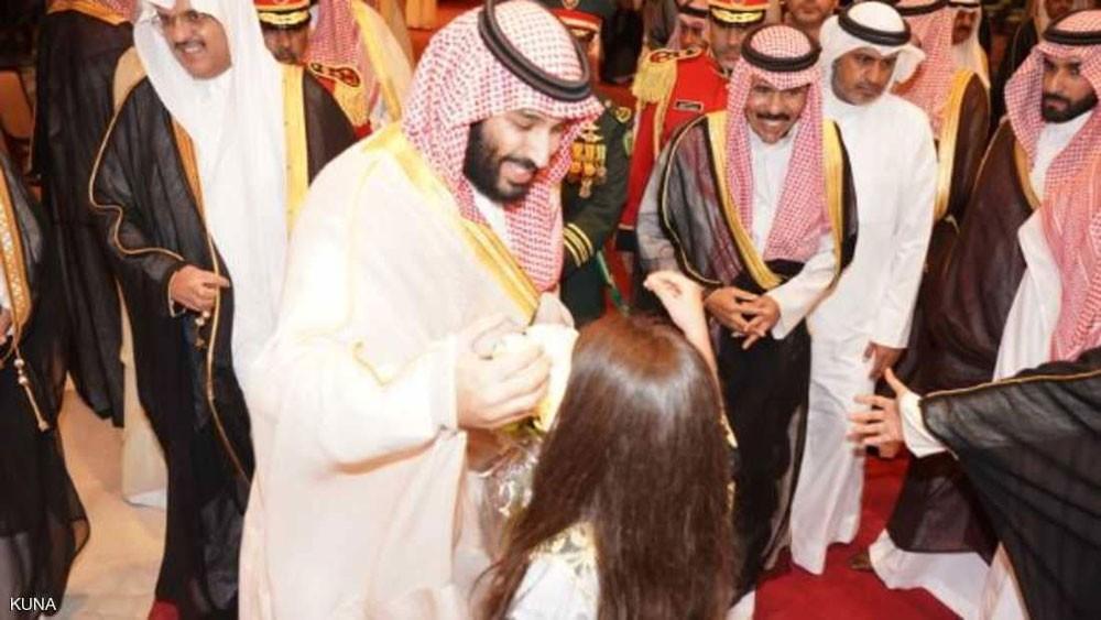 الأمير محمد بن سلمان يصل إلى الكويت في زيارة رسمية