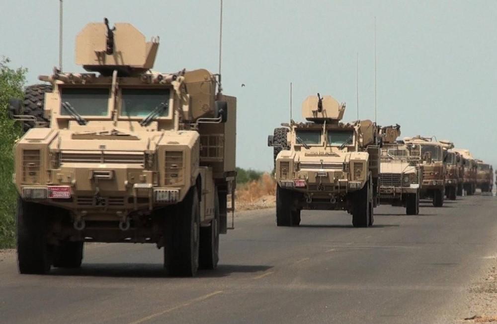 الجيش اليمني يؤكد مقتل قيادي حوثي وعدد من مرافقيه