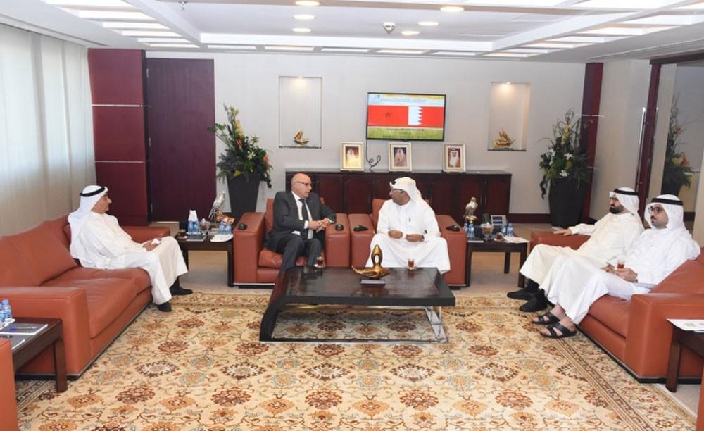 رئيس الغرفة يبحث تنمية العلاقات الاقتصادية البحرينية المغربية