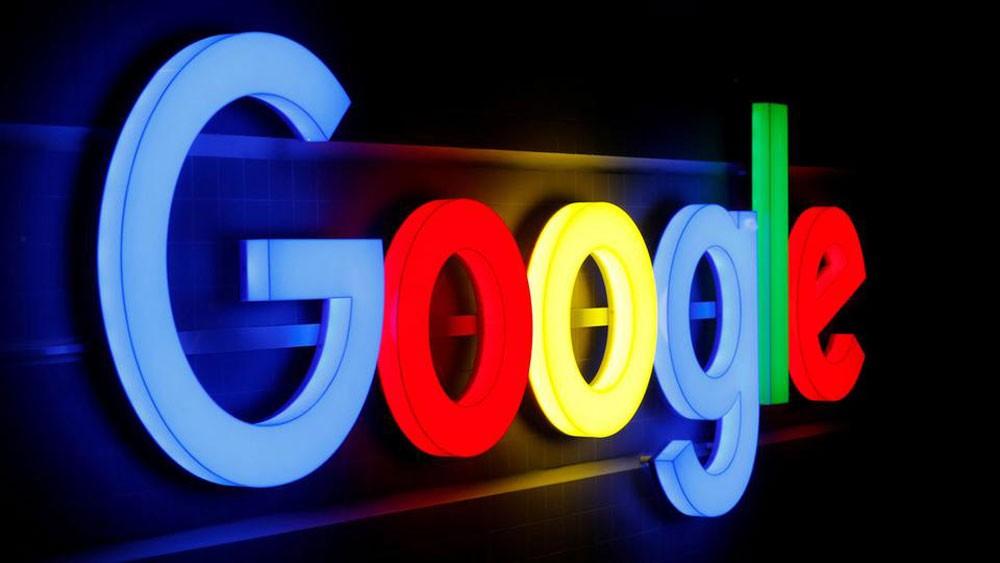 """غوغل : ما تقوم به آبل """"ممارسات مضللة"""""""