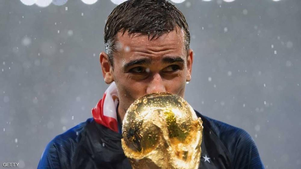 """غريزمان يرشح 6 لاعبين للفوز بـ""""الكرة الذهبية"""""""
