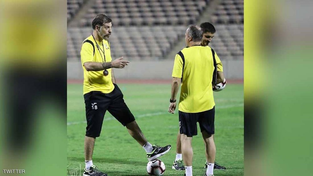 سابقة رياضية في السعودية.. مدرب يفرض غرامات على لاعبيه