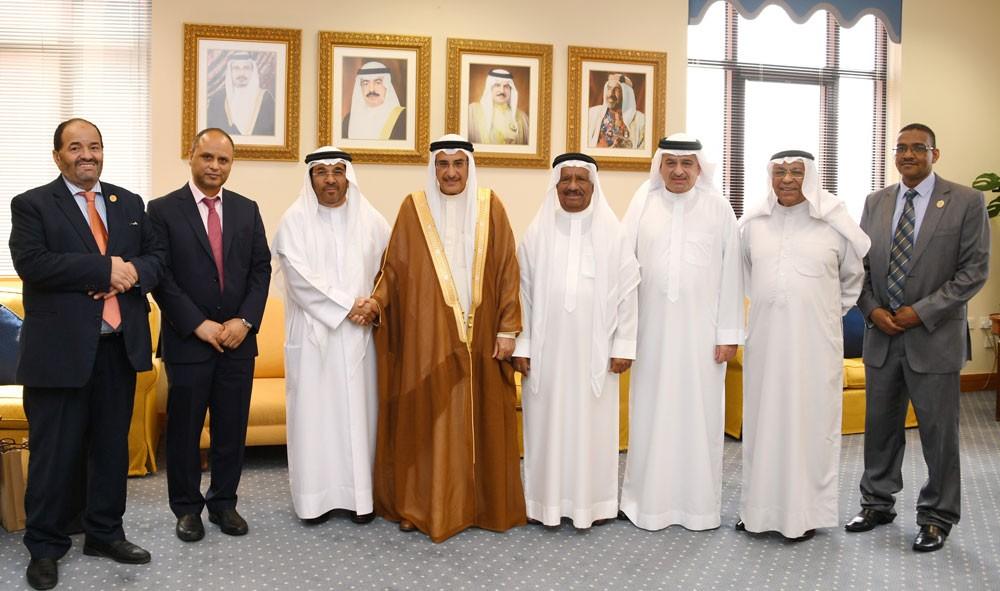 معالي الشيخ خالد بن عبد الله : اهتمام بتوفير متطلبات الاستثمار المحقق للأمن الغذائي وتلبية الاحتياجات الاستهلاكية