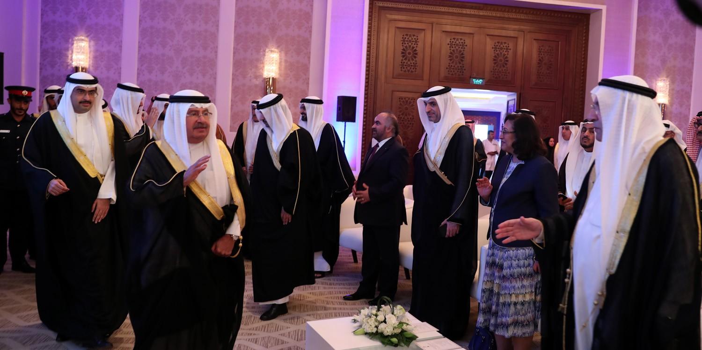 سمو الشيخ علي بن خليفة: الحكومة هيأت كل الإمكانات لتشجيع الشباب على الأعمال الخيرية