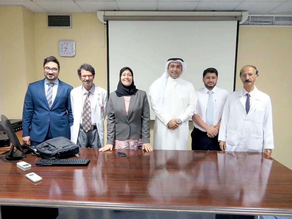 وكيل وزارة الصحة يعقد اجتماعاً للتعريف بمزايا تطبيق مشروع الضمان الصحي