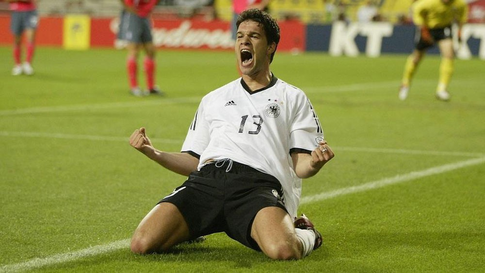 بالاك يصفي حساباته مع لوف ويحمله فشل منتخب ألمانيا