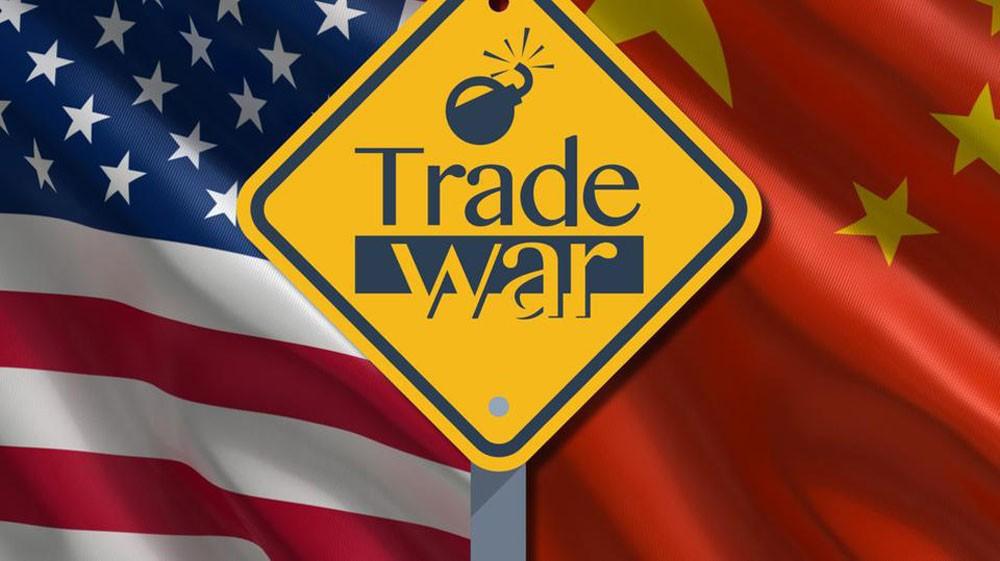 بكين تخفف حدة اللهجة : نسعى لحل بناء للخلافات التجارية