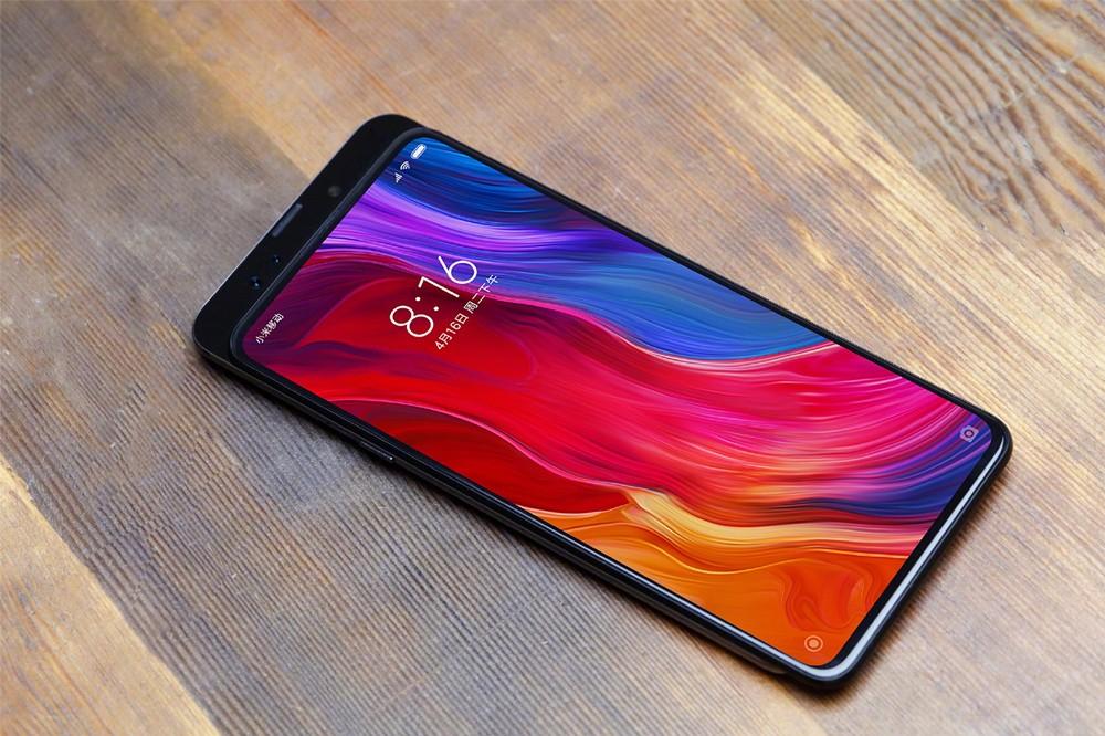 Xiaomi تشوق لدعم 5G و 10GB من الذاكرة العشوائية في الهاتف Xiaomi Mi Mix 3
