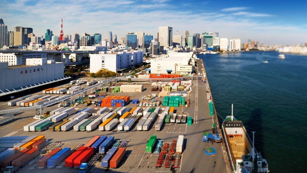 تراجع قيمة الصادرات في اليابان الى 59 مليار دولار خلال 22 شهرا