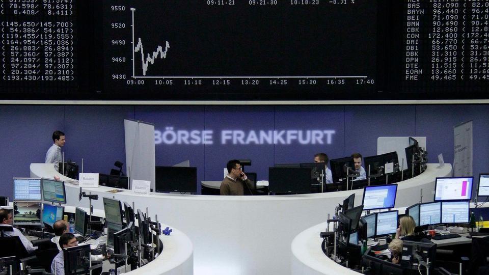 أسهم أوروبا تغلق منخفضة رغم نتائج قوية للشركات