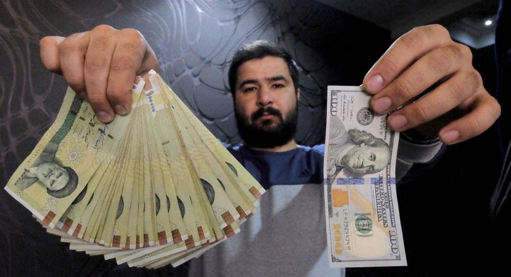 """منظمة أميركية تضغط على """"سويفت"""" لحصار إيران مالياً"""