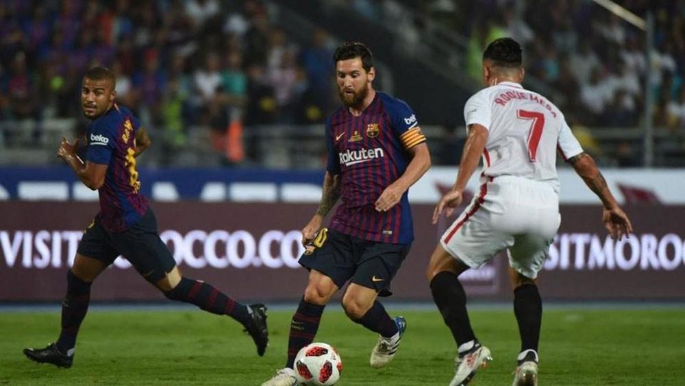 إشبيلية يسعى إلى هزيمة برشلونة وكسر عقدة دامت 16 عاماً