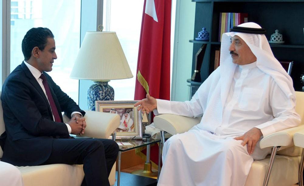وزير العمل والتنمية الاجتماعية يستقبل الرئيس التنفيذي لمصرف السلام