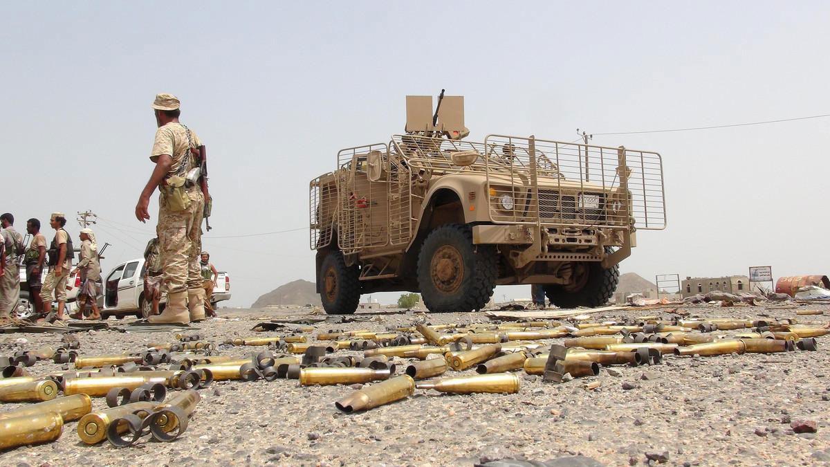 القوات اليمنية تقترب من استعادة مديرية استراتيجية بالبيضاء