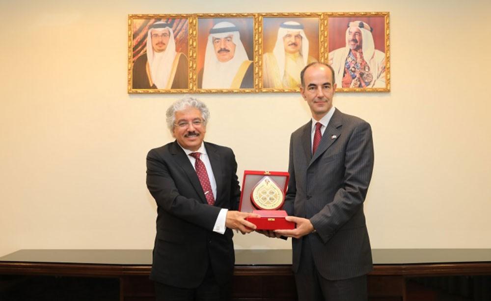 رئيس جامعة البحرين: كرسي الملك حمد مبادرة مهمة لإرساء السلام العالمي