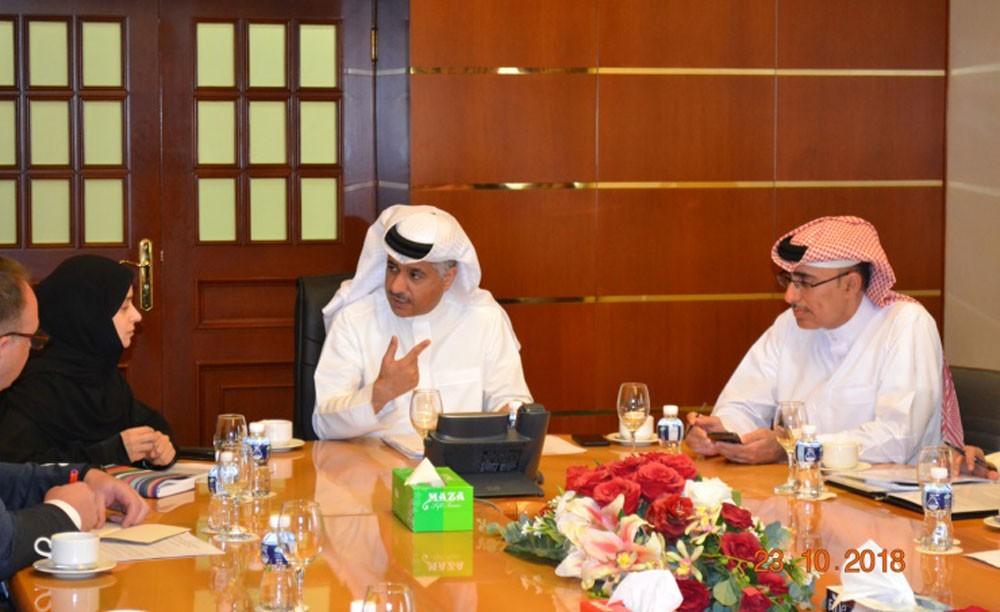 وزير المواصلات يترأس اجتماع فريق عمل خفض نفقات السفر والمواصلات