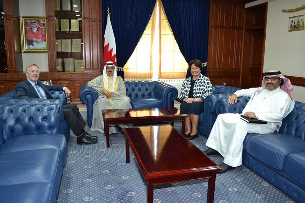 وزير التربية يستقبل المدير التنفيذي الجديد لمشروع تطوير التعليم والتدريب