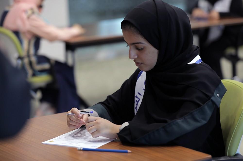 تأهل 5 متنافسين إلى المرحلة النهائية من تحدي القراءة العربي