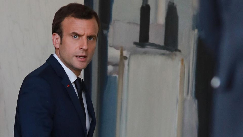 القبض على 6 أشخاص خططوا لشن هجوم على الرئيس الفرنسي