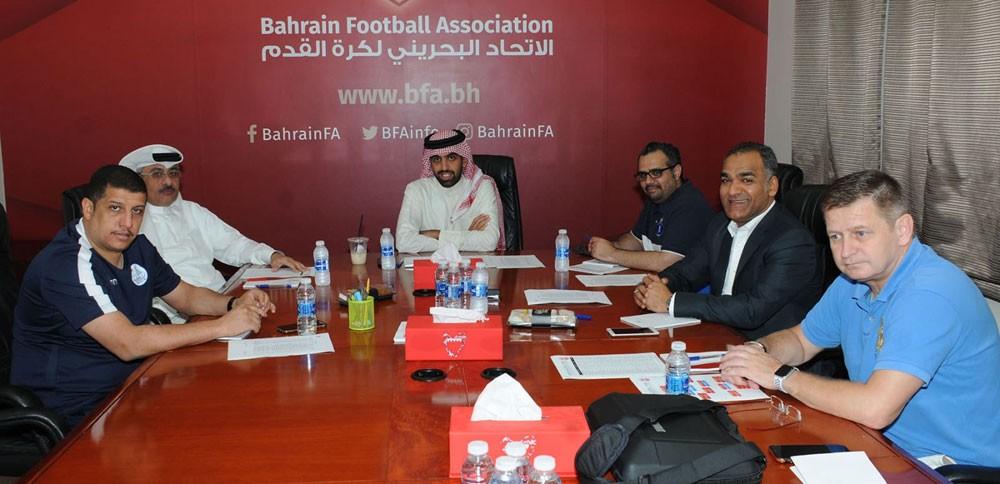الشيخ خالد بن سلمان يترأس اجتماعًا دوريًا للجنة المنتخبات