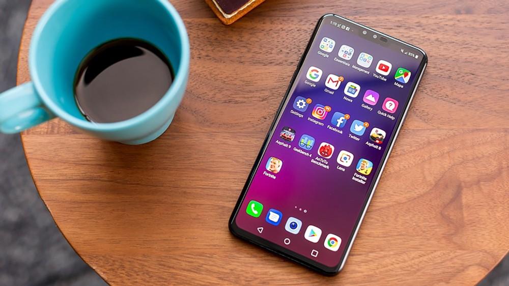 LG تسجل براءة إختراع لهاتف ذكي يضم كاميرا أمامية تحت الشاشة