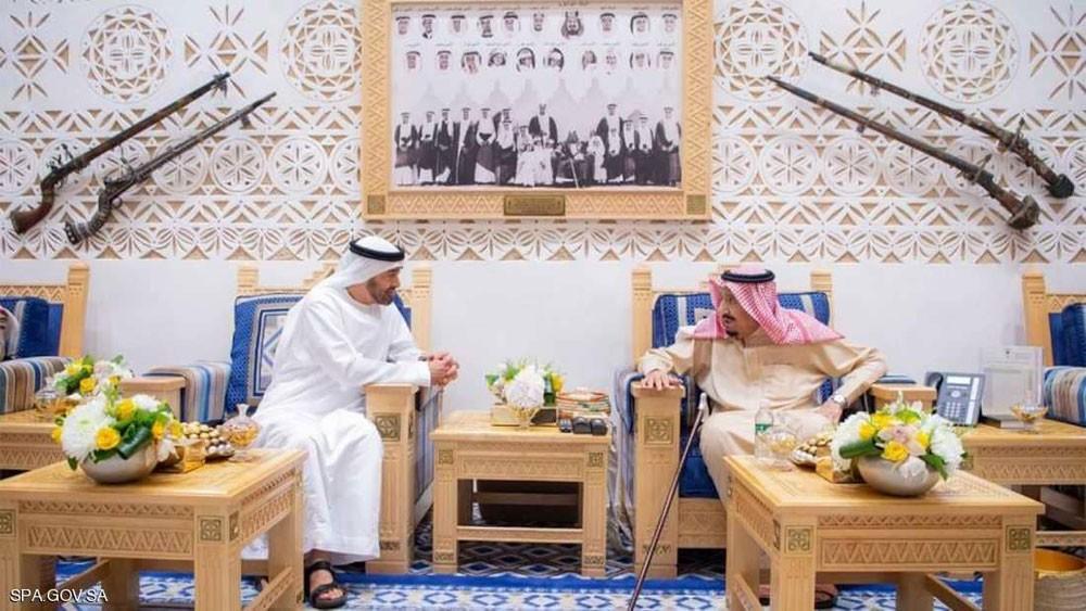 الملك سلمان يستقبل الشيخ محمد بن زايد