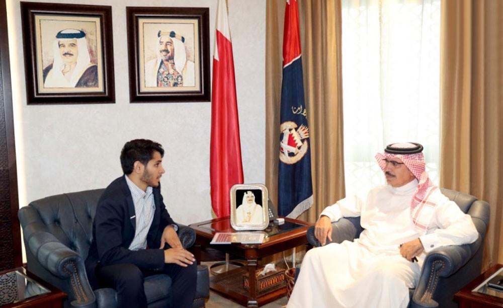 وزير الداخلية يوجه إلى تدشين خط للطوارئ خاص بفئة الصم والبكم