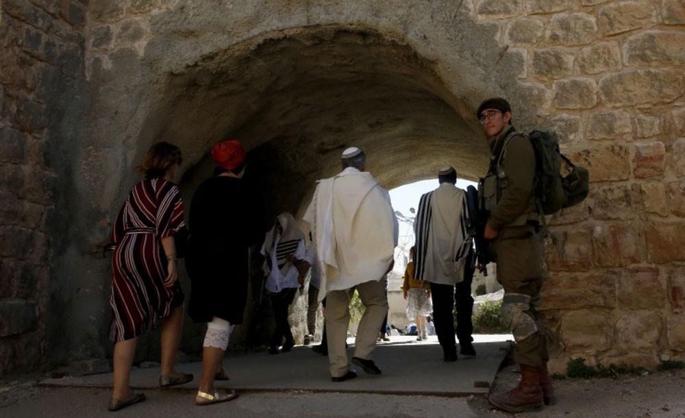 فلسطين تطالب بموقف دولي عاجل لوقف الحفريات والأنفاق في القدس