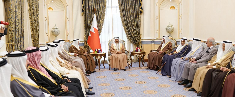 البحرين تمضي بكل العزم والثقة على طريق التنمية التي تلبي تطلعات المواطنين