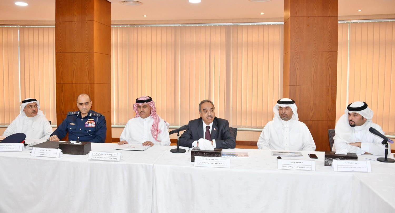 وزير الاشغال: إصدار حزمة قرارات تنفيذية لتنظيم الصيد وحماية الثروة البحرية
