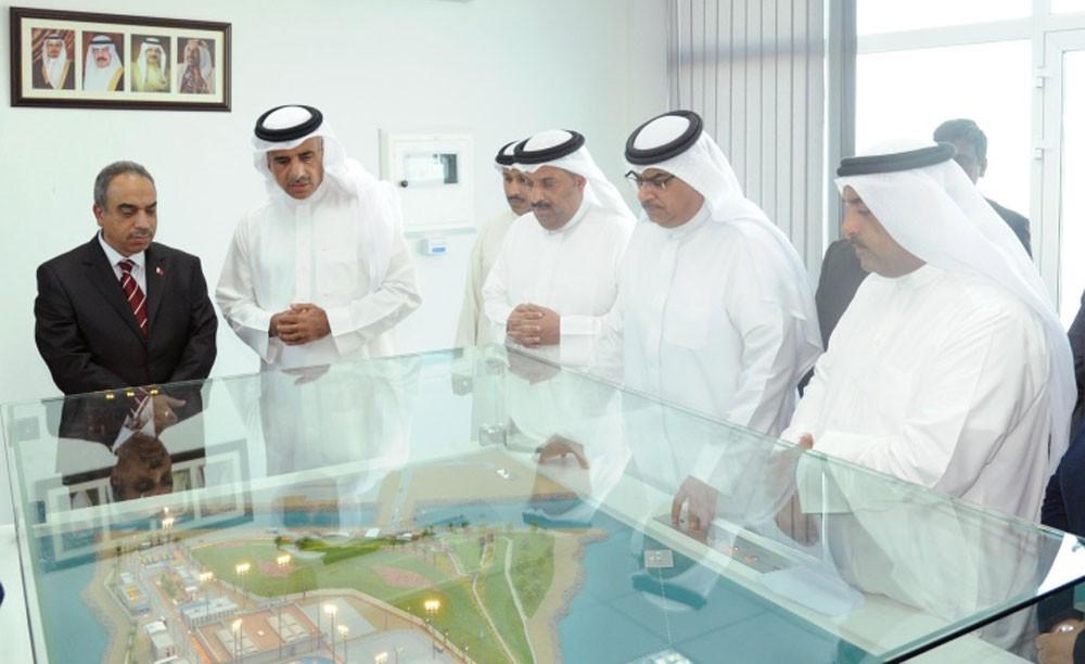 وزيرا الإسكان والأشغال يطلعان على محطة معالجة مياه الصرف بمدينة سلمان